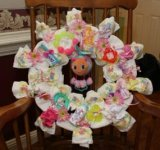 sweet pink glow worm diaper wreath