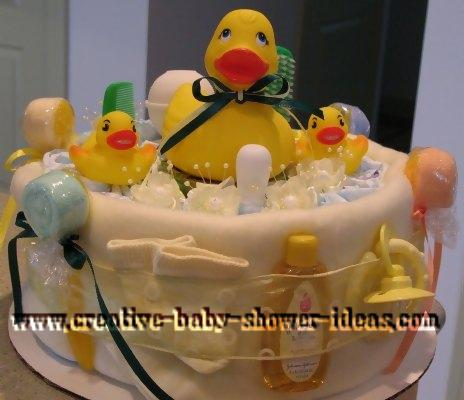 mom and baby ducks diaper cake