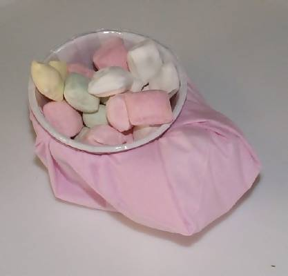 fill baby bootie cups with candies