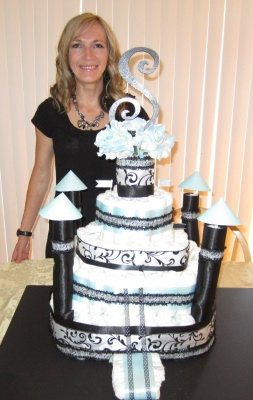 sharing creative castle diaper cake ideas with website