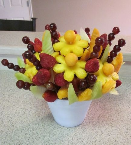 side viwe of edible fruit bouquet
