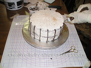 making the structure of the basket baby cake