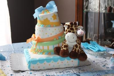 neutral colors giraffe baby shower cake