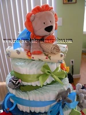 closeup of top of lion diaper cake