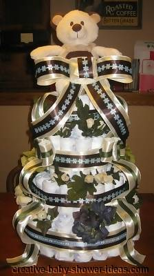 mod bear diaper cake with bows