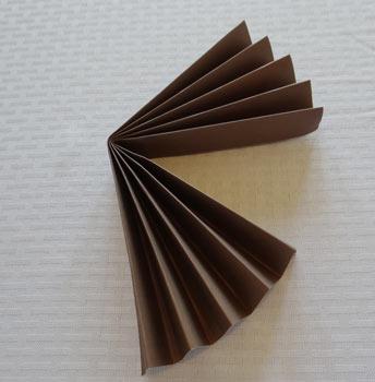 fold paper rosette