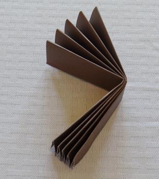 fold side of paper rosette