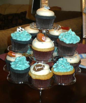 Sports Theme Cupcakes!