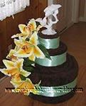 chocolate brown and green towel cake