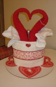 valentine towel cake