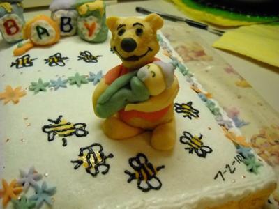 Pooh Baby Cake