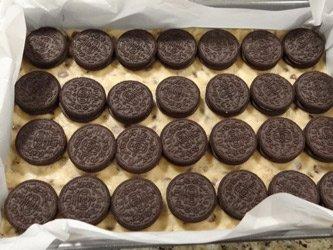 chocolate chip oreo brownie cookies