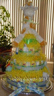 yellow giraffe diaper cake