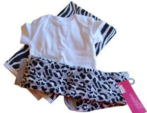supplies to make baby ruffled onesie