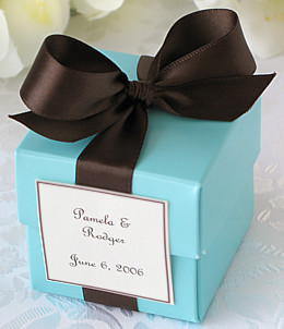 tiffany blue and chocolate favor boxes
